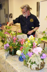 Kurt Christoffers, floral designer and owner of the innovative Christoffers Flowers of Mountainside, demonstrates how to arrange flowers from the garden along with foliage from local trees and shrubs at a workshop hosted at Trailside Nature and Science Center last spring.  Participants worked with Mr. Christoffers to create their own distinctive personal arrangement to take home.  By popular demand, Kurt Christoffers will return to Trailside on Monday, November 9 from 7:00-8:00 p.m. to offer adults, ages 18 and older, the opportunity to create a floral centerpiece just in time for the holidays.  Floral material and a container will be provided for participants to design their own masterpiece to take home.  The fee for this workshop is $25 for residents of Union County and $30 for non-county.  Pre-registration is required as materials are limited.  For more information about this program, or other activities at Trailside, please call 908-789-3670.  Visit www.ucnj.org/trailside to register online.    Trailside Nature and Science Center is located at 452 New Providence Road in Mountainside and is a facility of the Union County Department of Parks and Recreation.